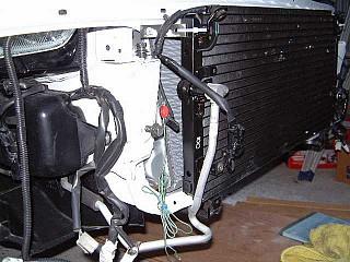 radiator.jpg (39680 バイト)